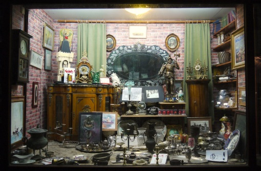 The antique shop window in Str. Lapusneanu, Iasi, in the evening