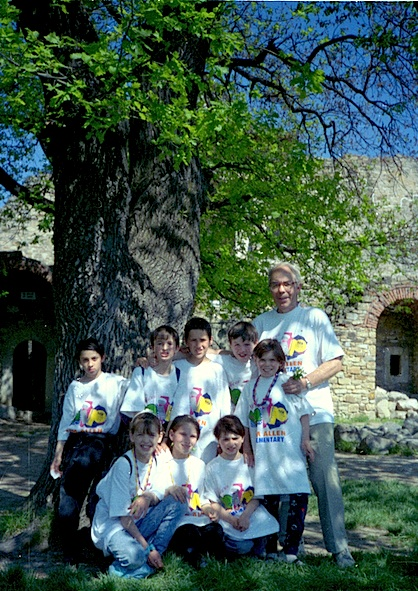 The Bunnies with me on the day of the Leos  picnic, at the famous citadel of Stephen the Great in Suceava