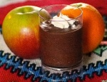 mousseline au chocolat with an apple and orange