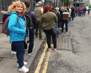 Photo of Petronela just after joining the queue at about 2pm
